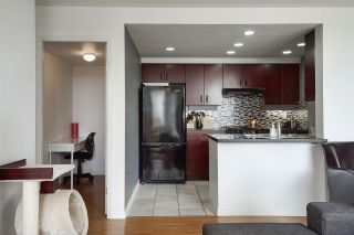 Photo 7: 1008 198 AQUARIUS MEWS in Vancouver: Yaletown Condo for sale (Vancouver West)  : MLS®# R2313413