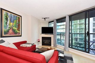 """Photo 2: 402 501 PACIFIC Street in Vancouver: Downtown VW Condo for sale in """"THE 501"""" (Vancouver West)  : MLS®# R2212611"""