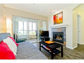 """Photo 6: # 305 155 E 3RD ST in North Vancouver: Lower Lonsdale Condo for sale in """"THE SOLANO"""" : MLS®# V1024934"""
