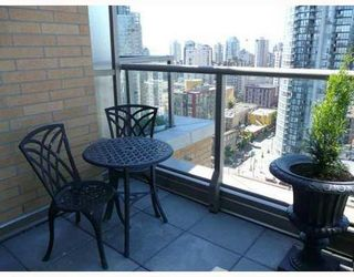 Photo 9: PH2 1188 RICHARDS Street in Vancouver West: Home for sale : MLS®# V667274