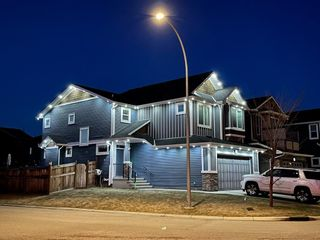 Photo 2: 43 Auburn Glen View SE in Calgary: Auburn Bay Detached for sale : MLS®# A1109361