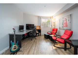 """Photo 7: 114 10533 UNIVERSITY Drive in Surrey: Whalley Condo for sale in """"Parkview Court"""" (North Surrey)  : MLS®# R2612910"""