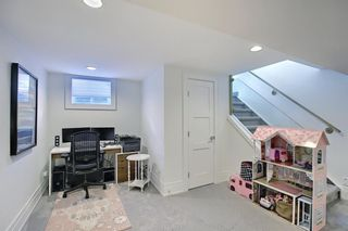Photo 31: 6439 Laurentian Way SW in Calgary: North Glenmore Park Detached for sale : MLS®# A1071961