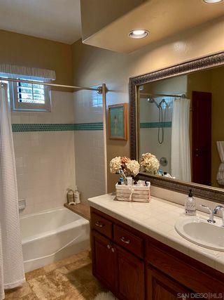 Photo 15: VISTA House for sale : 3 bedrooms : 883 Evergreen Lane