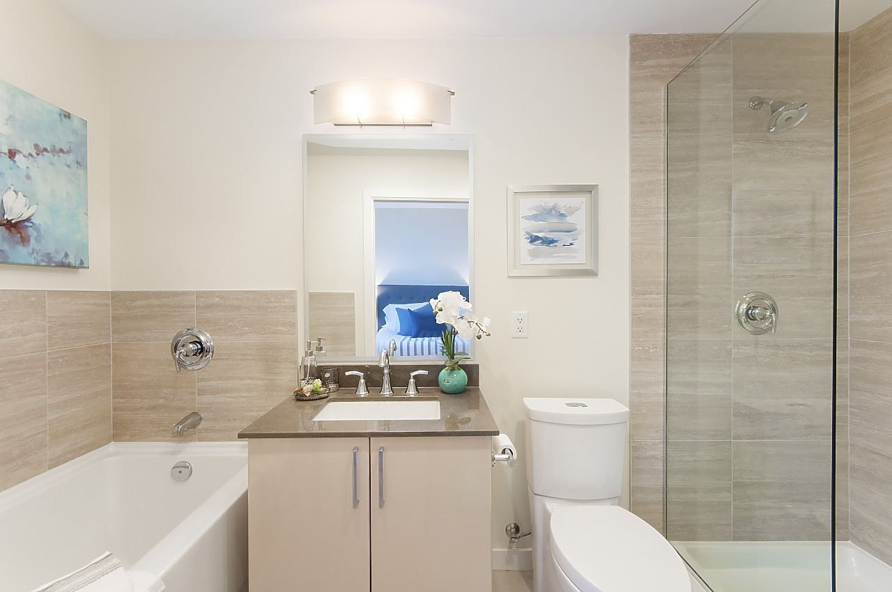 """Photo 10: Photos: 1101 88 W 1ST Avenue in Vancouver: False Creek Condo for sale in """"THE ONE"""" (Vancouver West)  : MLS®# R2234746"""
