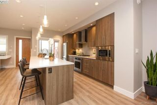 Photo 14: 7866 Lochside Dr in SAANICHTON: CS Turgoose Row/Townhouse for sale (Central Saanich)  : MLS®# 830553