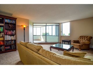 Photo 5: # 203 1480 FOSTER ST: White Rock Condo for sale (South Surrey White Rock)  : MLS®# F1439796