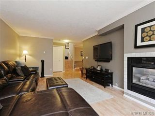Photo 2: 6 540 Goldstream Ave in VICTORIA: La Fairway Row/Townhouse for sale (Langford)  : MLS®# 741789