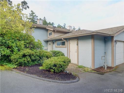 Main Photo: 6 540 Goldstream Ave in VICTORIA: La Fairway Row/Townhouse for sale (Langford)  : MLS®# 741789