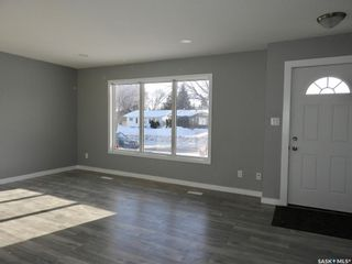 Photo 2: 3734 Fairlight Drive in Saskatoon: Parkridge SA Residential for sale : MLS®# SK841474