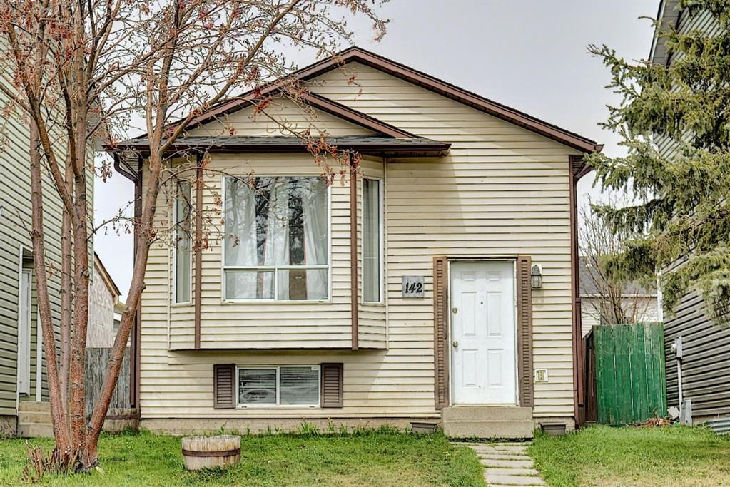Main Photo: 142 Martindale Boulevard NE in Calgary: Martindale Detached for sale : MLS®# A1111282