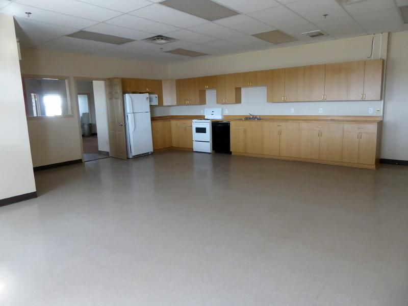 Photo 10: Photos: 5402 44 Avenue in Fort Nelson: Fort Nelson -Town Industrial for sale (Fort Nelson (Zone 64))  : MLS®# C8038651