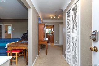 Photo 2: 420 Richmond Ave in VICTORIA: Vi Fairfield East House for sale (Victoria)  : MLS®# 806983