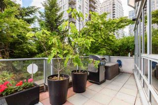 """Photo 33: 301 930 CAMBIE Street in Vancouver: Yaletown Condo for sale in """"PACIFIC PLACE LANDMARK II"""" (Vancouver West)  : MLS®# R2592533"""