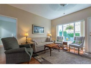 Photo 11: 17 7980 East Saanich Rd in SAANICHTON: CS Saanichton Row/Townhouse for sale (Central Saanich)  : MLS®# 740350