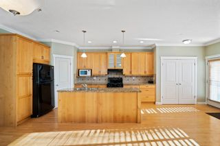 Photo 6: 429 19 Avenue NE in Calgary: Winston Heights/Mountview Semi Detached for sale : MLS®# A1063188