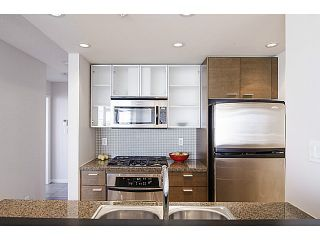 Photo 7: # 1203 980 COOPERAGE WY in Vancouver: Yaletown Condo for sale (Vancouver West)  : MLS®# V1015490