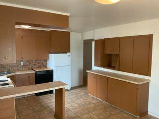 Photo 5: 15831 83 Avenue in Edmonton: Zone 22 House for sale : MLS®# E4262766