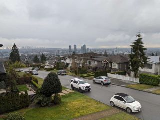 Photo 15: 38 GROSVENOR AVENUE in Burnaby: Capitol Hill BN House for sale (Burnaby North)  : MLS®# R2441232