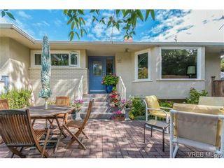Photo 2: 10 Beach Dr in VICTORIA: OB South Oak Bay House for sale (Oak Bay)  : MLS®# 708817