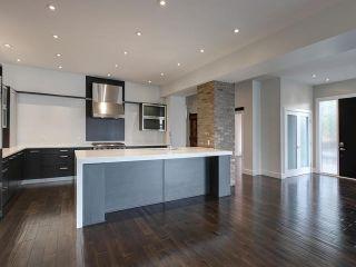 Photo 5: 8705 105 Street in Edmonton: Zone 15 House Half Duplex for sale : MLS®# E4247546