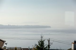 "Photo 4: 304 15070 PROSPECT Avenue: White Rock Condo for sale in ""LOS ARCOS"" (South Surrey White Rock)  : MLS®# R2442839"