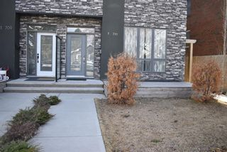Photo 3: 1 711 17 Avenue NW in Calgary: Mount Pleasant Row/Townhouse for sale : MLS®# A1100885