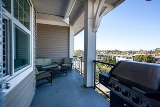 """Photo 12: 413 17712 57A Avenue in Surrey: Cloverdale BC Condo for sale in """"West on the Village Walk"""" (Cloverdale)  : MLS®# R2107869"""