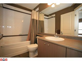 """Photo 9: 19 7155 189TH Street in Surrey: Clayton Townhouse for sale in """"Bacara"""" (Cloverdale)  : MLS®# F1114971"""
