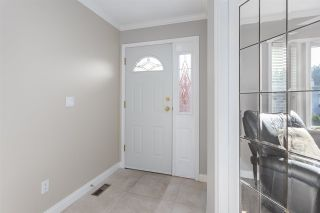 """Photo 2: 3207 VALDEZ Court in Coquitlam: New Horizons House for sale in """"NEW HORIZONS"""" : MLS®# R2416763"""