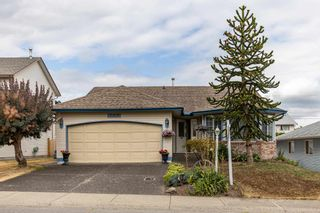 Photo 3: 5683 GILLIAN Place in Chilliwack: Vedder S Watson-Promontory House for sale (Sardis)  : MLS®# R2603235