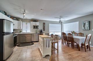 Photo 2: 5925 ST ANDREWS Place in Sechelt: Sechelt District House for sale (Sunshine Coast)  : MLS®# R2612851