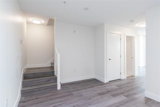 """Photo 6: 101 217 CLARKSON Street in New Westminster: Downtown NW Townhouse for sale in """"Irving Living"""" : MLS®# R2545600"""