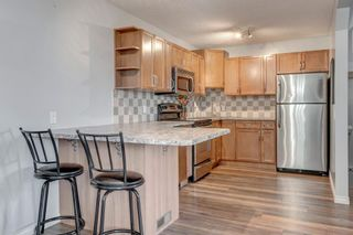 Photo 6: 704 43 Street SE in Calgary: Forest Heights Semi Detached for sale : MLS®# A1096355
