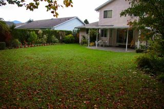 Photo 12: 6970 COACH LAMP Drive in Sardis: Sardis West Vedder Rd House for sale : MLS®# R2118745