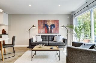 """Photo 3: 101 418 E BROADWAY in Vancouver: Mount Pleasant VE Condo for sale in """"Broadway Crest"""" (Vancouver East)  : MLS®# R2605309"""