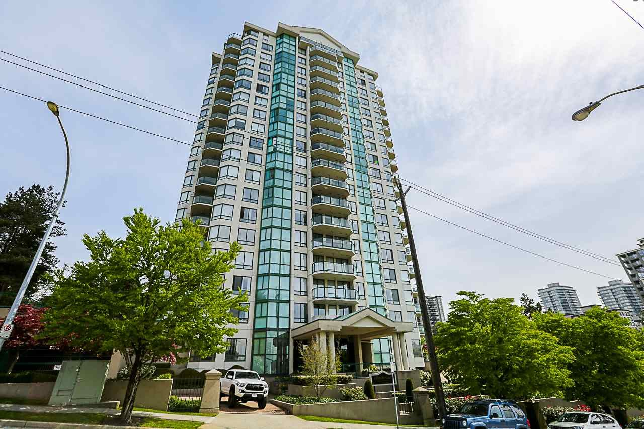 """Main Photo: 402 121 TENTH Street in New Westminster: Uptown NW Condo for sale in """"VISTA ROYALE"""" : MLS®# R2279010"""