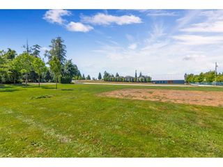 """Photo 29: 201 16718 60 Avenue in Surrey: Cloverdale BC Condo for sale in """"MCLELLAN MEWS"""" (Cloverdale)  : MLS®# R2486554"""