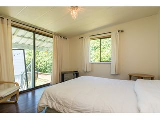 """Photo 10: 3 2120 KING GEORGE Boulevard in Surrey: King George Corridor Manufactured Home for sale in """"Five Oaks"""" (South Surrey White Rock)  : MLS®# R2189509"""
