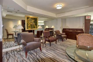 """Photo 32: 105 1383 MARINASIDE Crescent in Vancouver: Yaletown Townhouse for sale in """"COLUMBUS"""" (Vancouver West)  : MLS®# R2478306"""