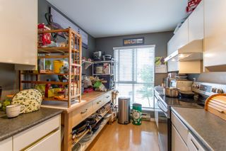 """Photo 10: 204 2339 SHAUGHNESSY Street in Port Coquitlam: Central Pt Coquitlam Condo for sale in """"SHAUGHNESSY COURT"""" : MLS®# R2371838"""