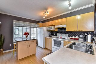 """Photo 7: 57 12778 66 Avenue in Surrey: West Newton Townhouse for sale in """"West Newton"""" : MLS®# R2061926"""