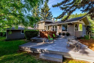 Photo 3: 6747 Leeson Court SW in Calgary: Lakeview Detached for sale : MLS®# A1076183