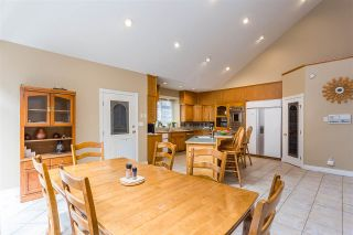 """Photo 5: 20260 28 Avenue in Langley: Brookswood Langley House for sale in """"BROOKSWOOD"""" : MLS®# R2403878"""