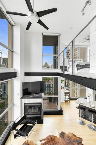 """Photo 8: 1203 1238 RICHARDS Street in Vancouver: Yaletown Condo for sale in """"Metropolis"""" (Vancouver West)  : MLS®# R2472141"""