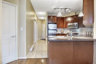 Photo 9: 414 3651 FOSTER Avenue in Vancouver: Collingwood VE Condo for sale (Vancouver East)  : MLS®# R2492168
