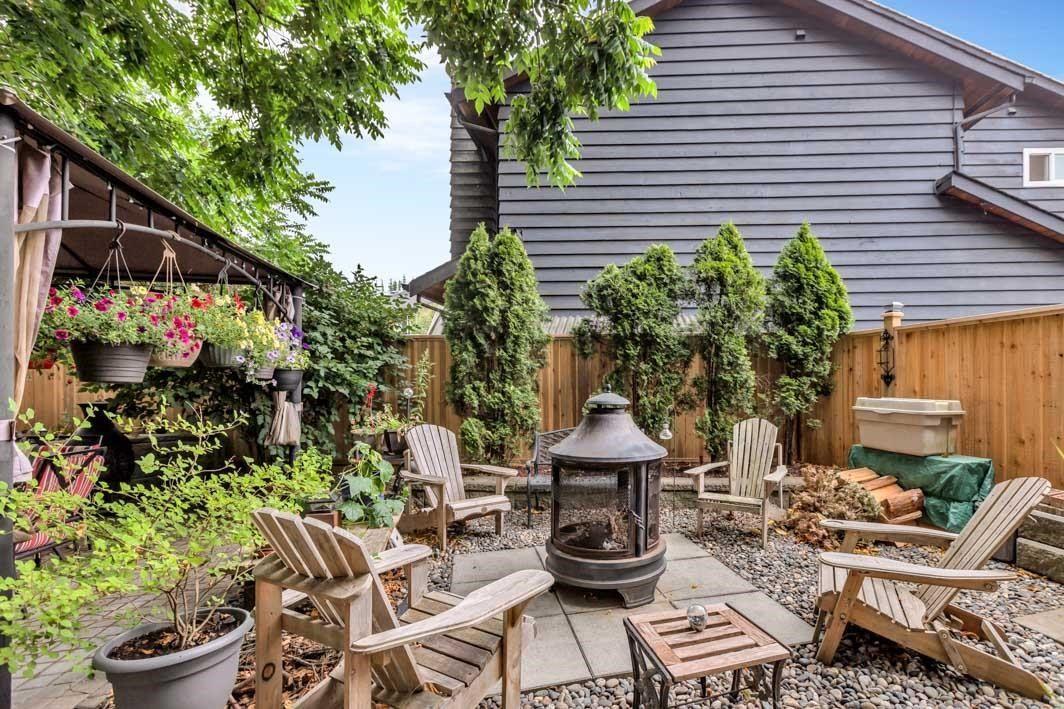 "Photo 35: Photos: 11891 CHERRINGTON Place in Maple Ridge: West Central House for sale in ""WEST MAPLE RIDGE"" : MLS®# R2600511"