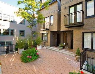 """Photo 10: 1423 W 11TH Avenue in Vancouver: Fairview VW Townhouse for sale in """"1425 W 11TH"""" (Vancouver West)  : MLS®# V667630"""