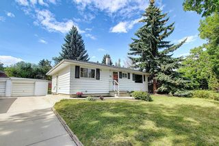 Photo 2: 27 Heston Street NW in Calgary: Highwood Detached for sale : MLS®# A1140212