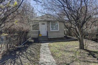 Main Photo: 135 26 Avenue NE in Calgary: Tuxedo Park Detached for sale : MLS®# A1097982